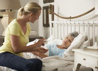 opiekunką osób starszych